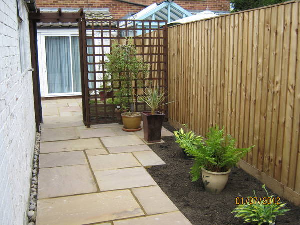 Pergola and paving Aylesbury after
